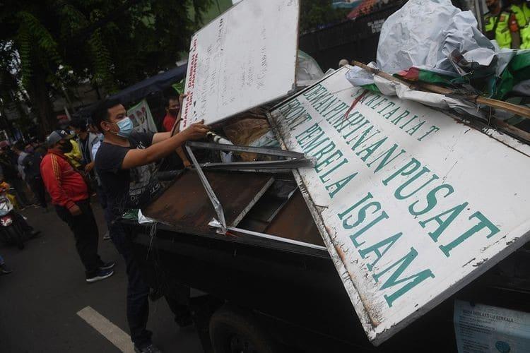Keluarkan Pernyataan Sikap Atas Pembubaran FPI, BEM UI Menuai Kritik